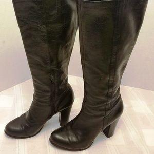 "EUC. Nine West ""Magic"" Tall leather Boots 7 .5 M"